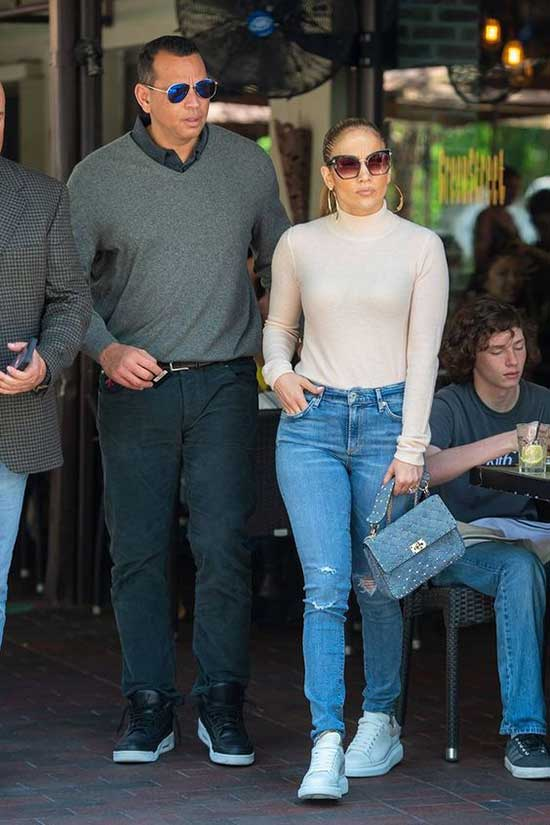 Jlo Daily Outfits-17