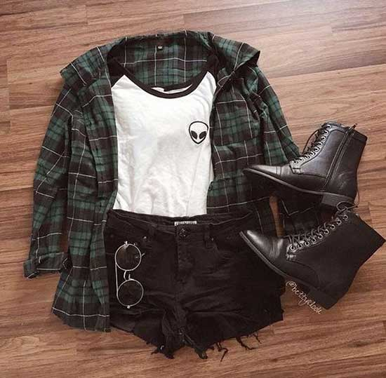 Cute Mini Shorts and Flannel Outfits-19