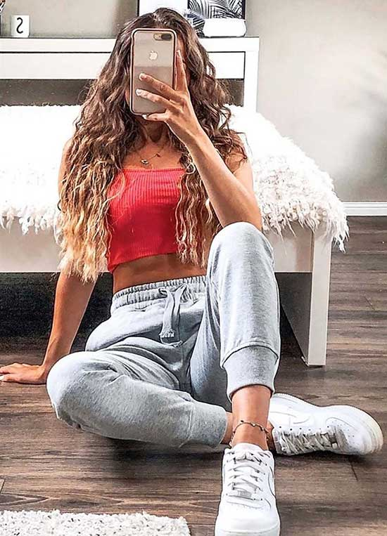 Sporty Outfits for Girls-21