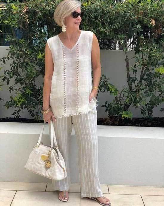 Casual Wide Legged Pants Looks for Women Over 50-22
