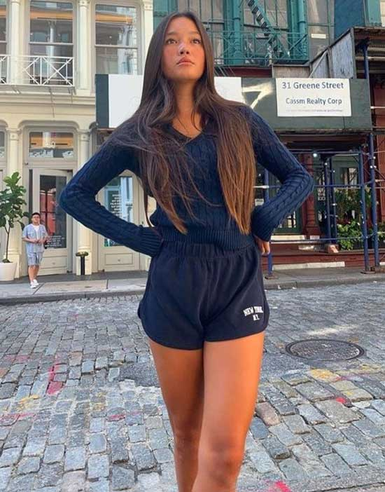 Sporty Outfits for Girls-22