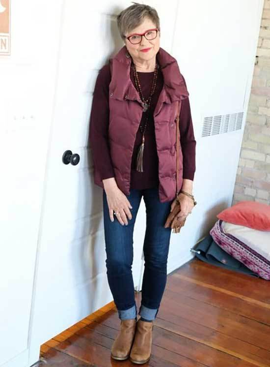 Casual Winter Looks for Women Over 50-24