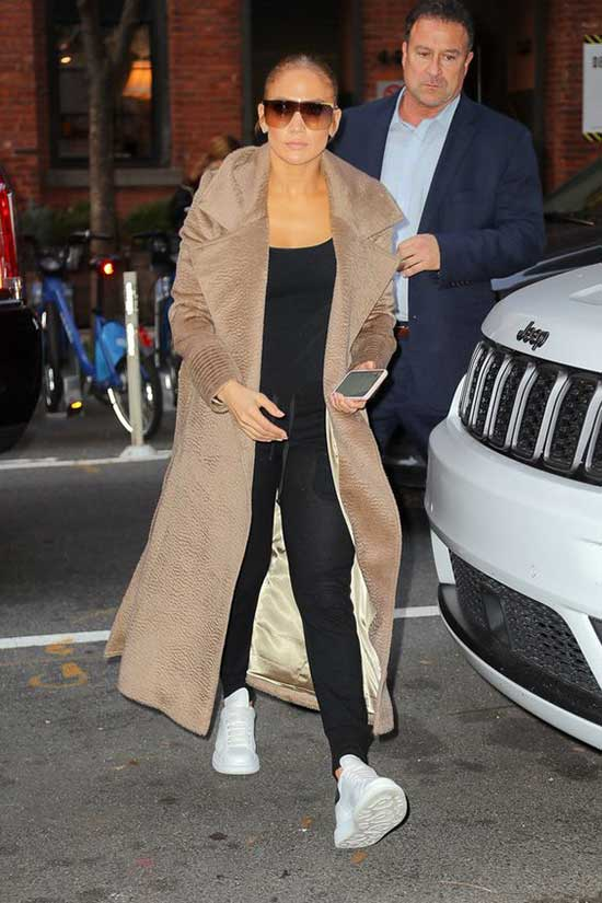 Jlo Outfits-26