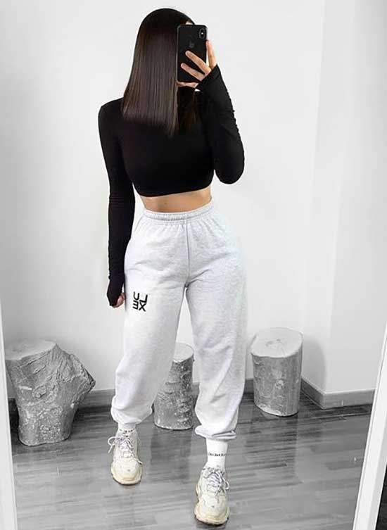 White Sweatpants Sporty Outfits for Girls-8