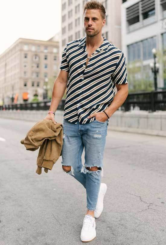 Ripped Denim White Shoes Outfit Men-9