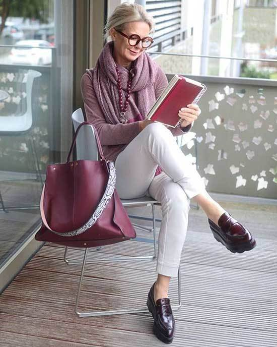 Casual Styles for Women Over 50