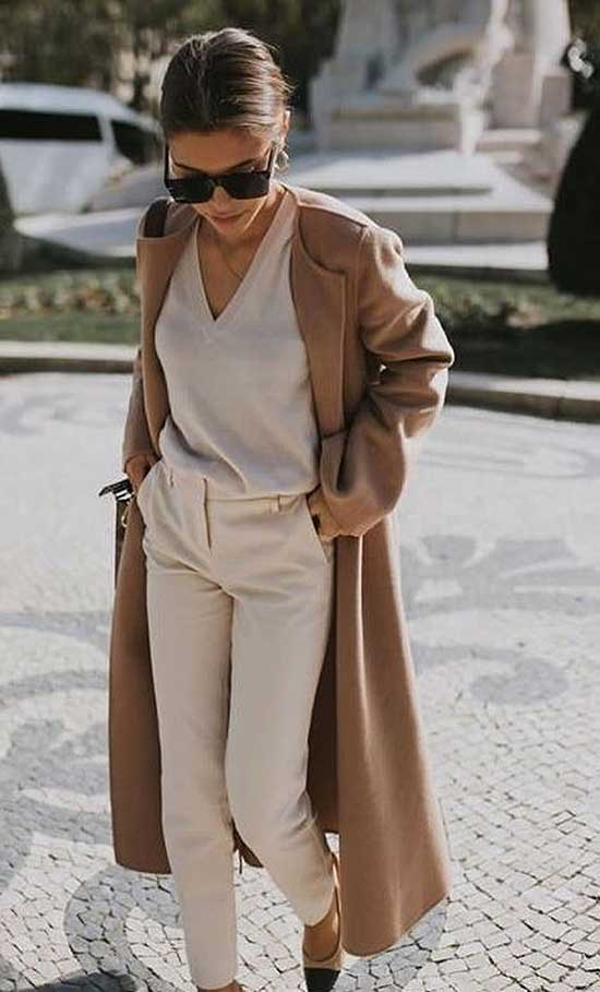 Long Coat Outfit Ideas for Women Over 40-10