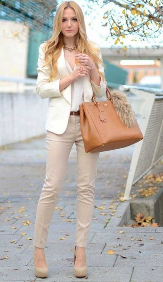 White Blazer Cream Color Jeans Outfit Ideas-10
