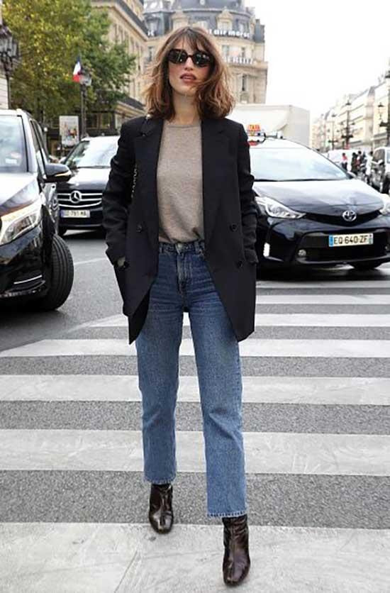 Parisian Boyfriend Jeans Street Style-14