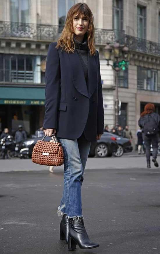 Blue Jeans Parisian Street Style-16
