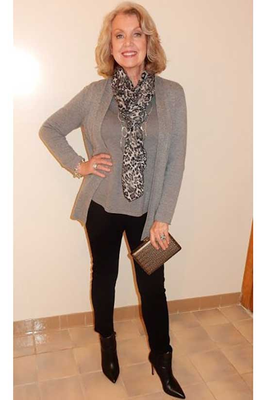 Casual formal Clothes for Women Over 50-17