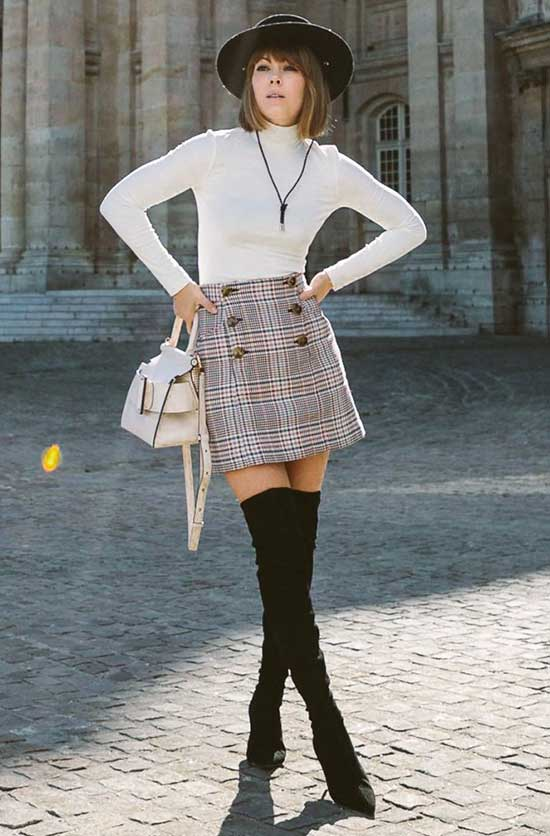 Parisian Mini Skirt Street Style-18