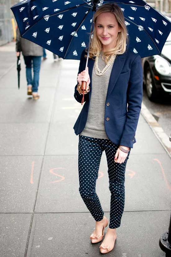 Rainy Day office Outfit-21