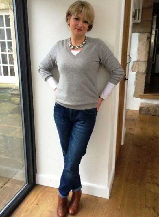 Casual Clothes for Women Over 50-27