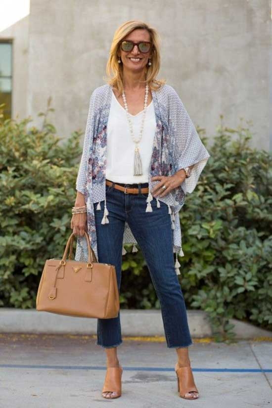 Outfit Ideas for Women Over 40-27
