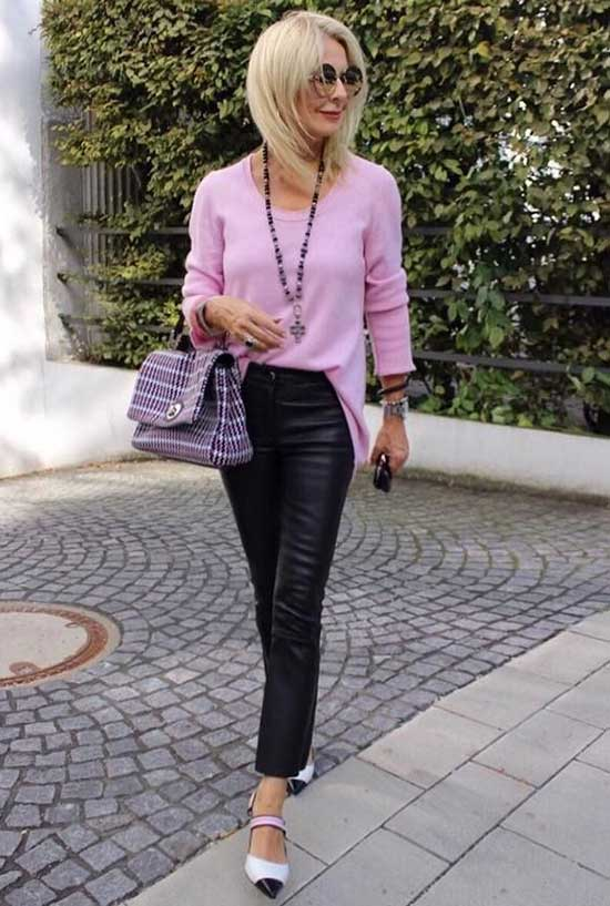 Casual Clothes for Women Over 50-32