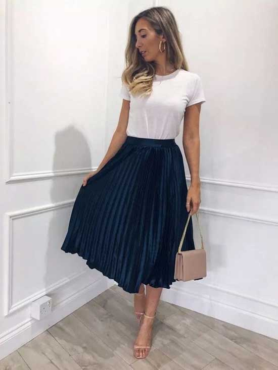 Cute and Casual Pleated Skirt Outfits-7