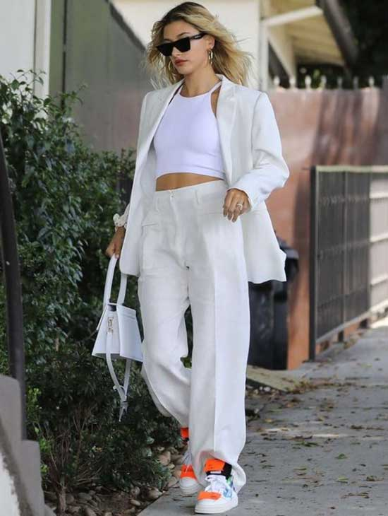 Hailey Baldwin White Blazer Outfit Ideas-9