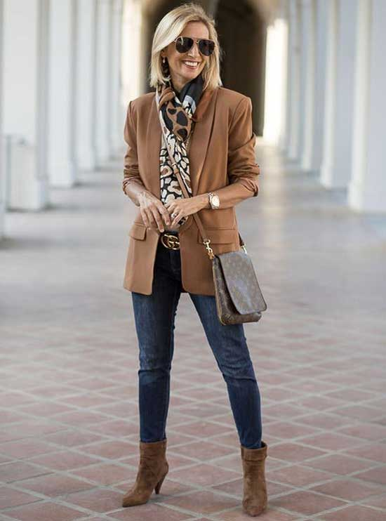 Casual Outfits for Women Over 50