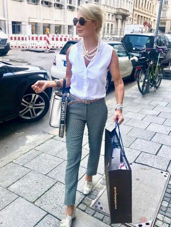 Casual Clothes for Women Over 50