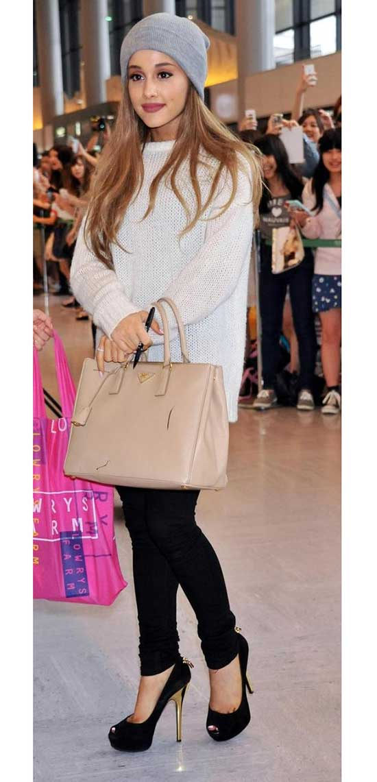 Ariana Grande Winter and Fall Outfits-11