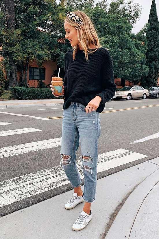 Boyfriend Jeans Sweatshirt Outfit Ideas-11