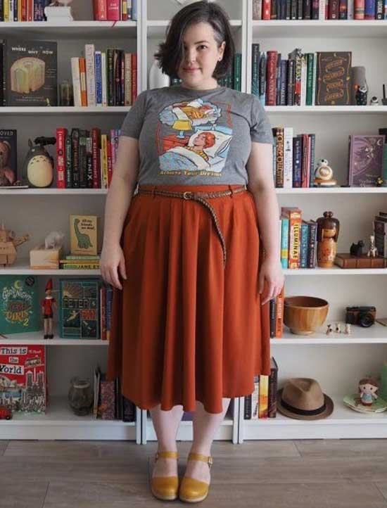 Midi Skirt Plus Size Summer Outfit Ideas-16