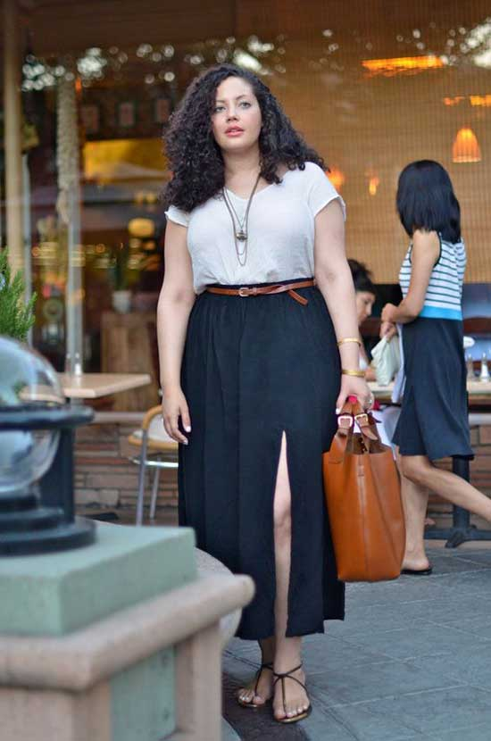 Skirt with Slit Plus Size Summer Outfit Ideas-18