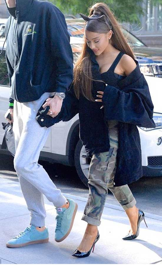 Ariana Grande Outfits-19