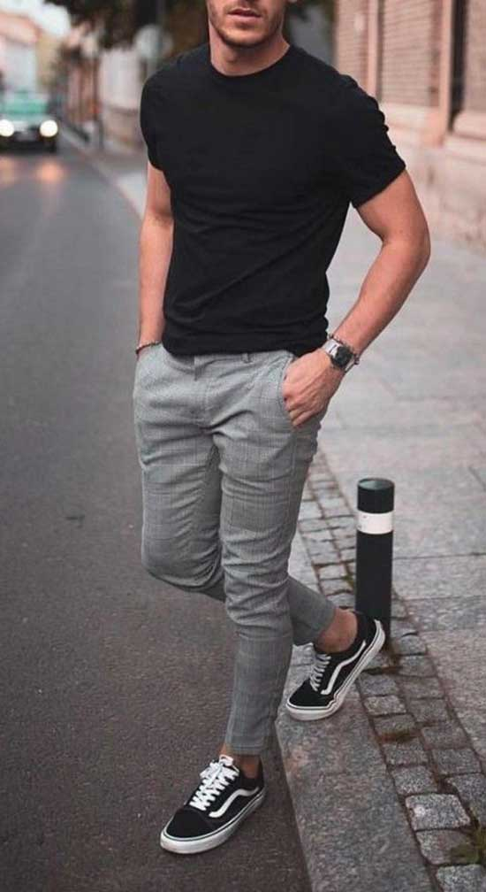 Basic T-Shirt Men's Casual Outfit Ideas-8