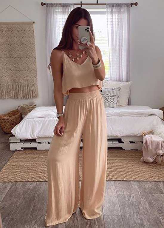 Trendy Outfits with Flowy Pants-7