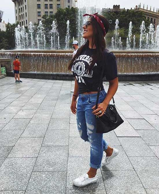 Cute Denim Outfits with Bandanas-13