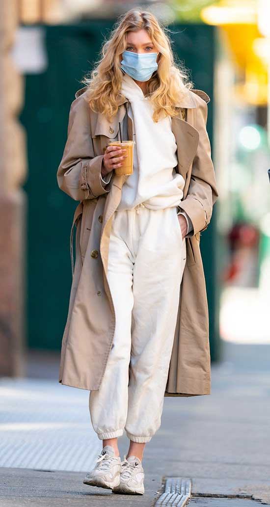 Elsa Hosk Fall Outfits-19
