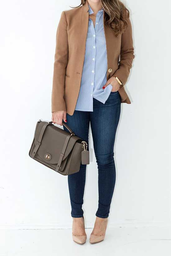 Classic Winter Office Outfits for Women-8